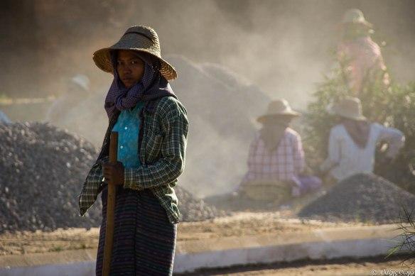 Bagan Road Worker - 1920c