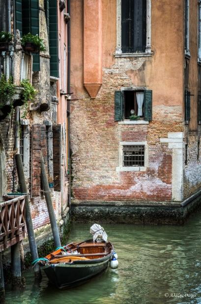 Venice Boat  - 1920c