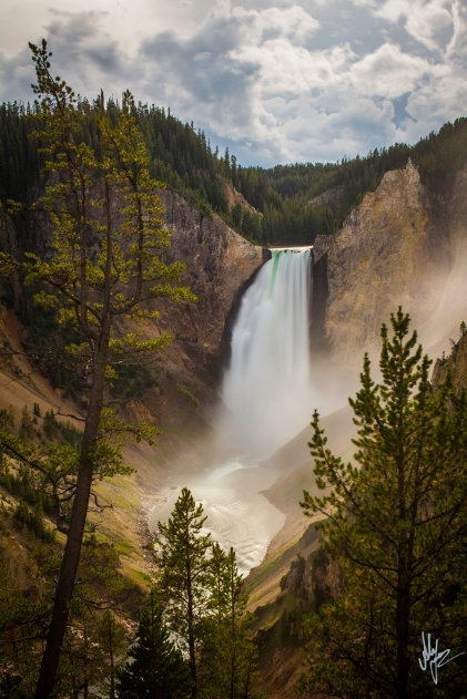 Yellowstone Falls2 - 1920c